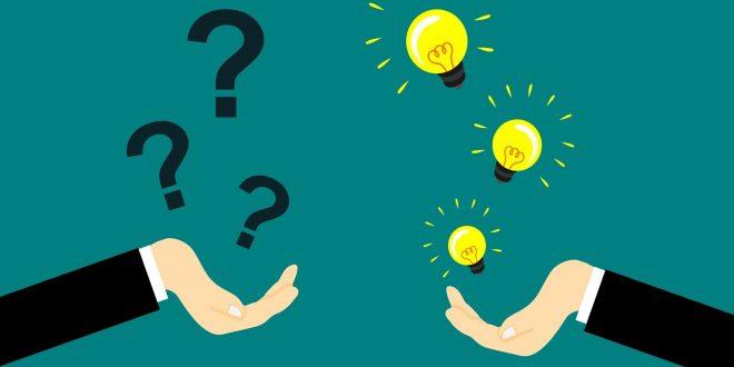 Punti interrogativi e lampadine